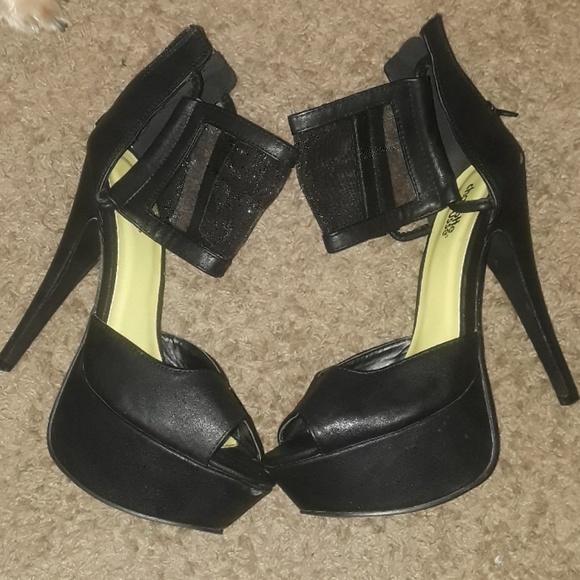 f743e614151 High fashion stiletto